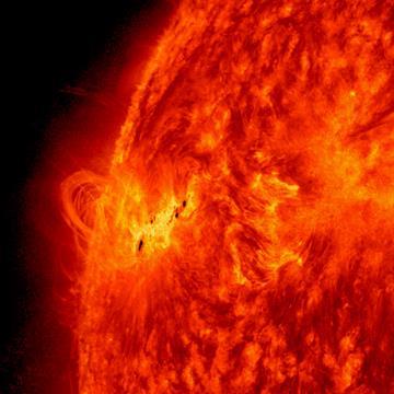 Activity_Continues_On_the_Sun.jpg