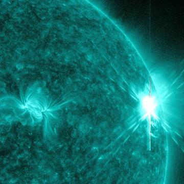 Massive_X-Class_Solar_Flare.jpg
