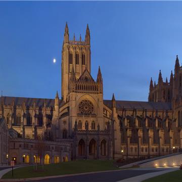 Washington_National_Cathedral_Twilight.jpg